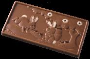 Tablette avec des lapins en relief
